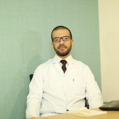 دكتور أمير فوزي